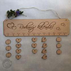 Dřevěný rodinný kalendář
