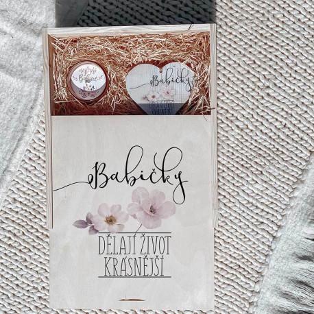 Bohemian Cosmetics, Dřevěný dárkový box - babičky dělají život krásnější