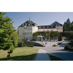Léčebný pobyt pro seniory v Teplicích nad Bečvou (7 nocí, plná penze, lékařská prohlídka, 14 procedur)