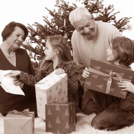 Tipy na dárek pro babičku a pro dědečka ke svátečním příležitostem